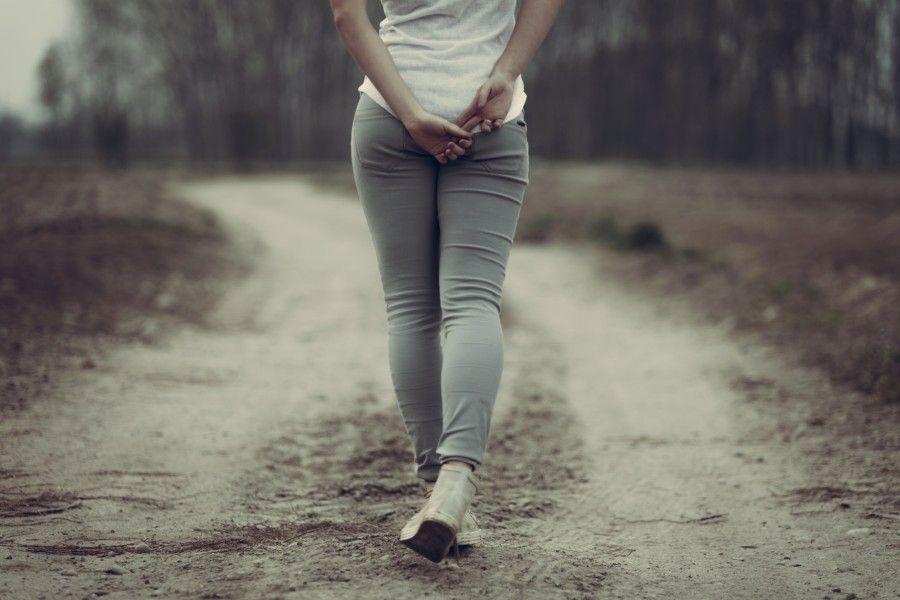 5 Mejores ejercicios durante su Periodo Menstrual caminatas