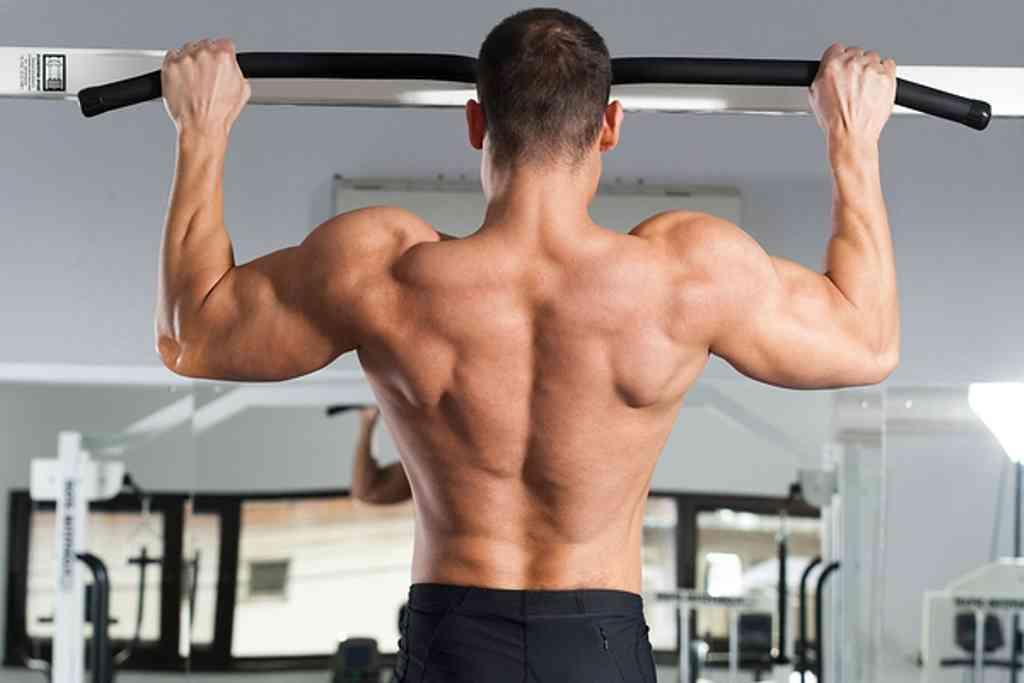 Rutina de ejercicio para ganar masa muscular en los hombros