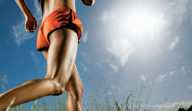 La ropa adecuada para correr en verano