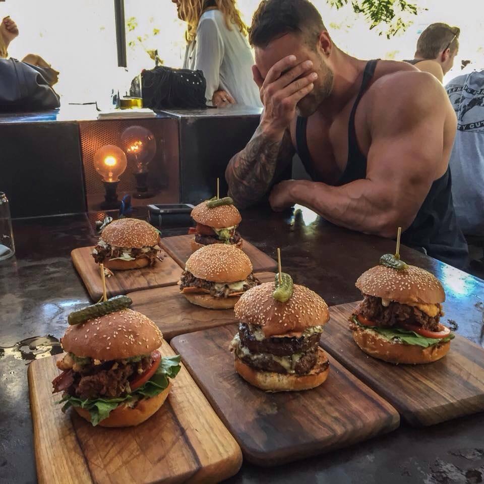 Más músculos menos calorías
