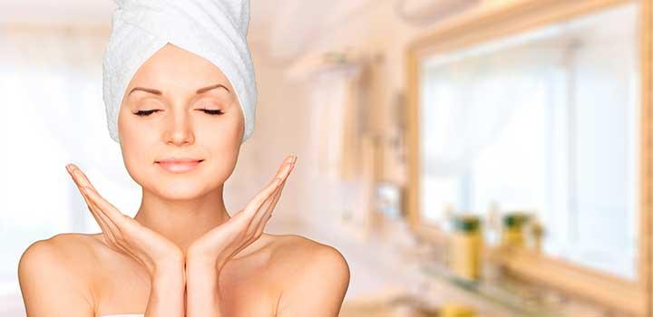 Algunos consejos para hidratar tu piel de manera natural