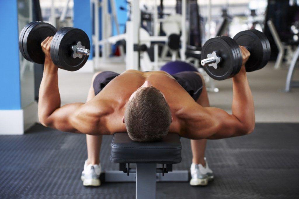 A los 50 años los hombres desarrollar musculatura